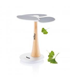 L'arbre solaire qui charge vos appareils électroniques