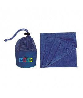 micro fiber towel in its safety net - promotional object to customize and offer in summer